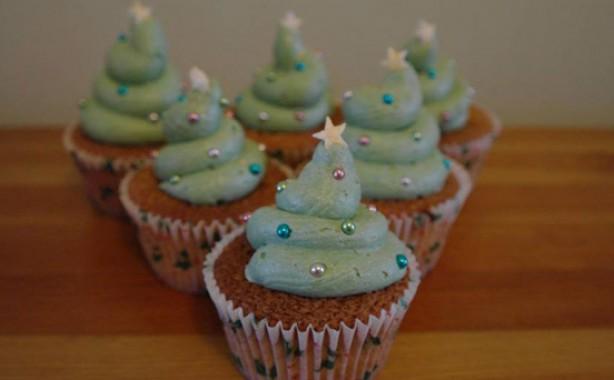 Angela Pearce's Christmas cupcakes
