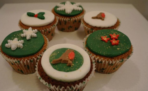 Angela Pearce's Christmas cupcakes