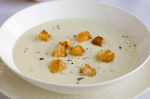 Gordon Ramsay's cream of cauliflower soup