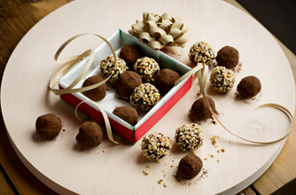 Gordon ramsay 39 s mint chocolate truffles recipe goodtoknow for White chocolate truffles recipe uk