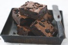 Lorraine Pascale's cookies and cream fudge brownies