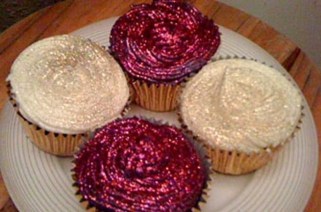 Sara Chadwick's glitter amaretto cupcakes