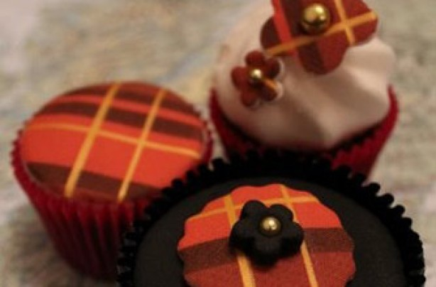 Victoria Threader's Burns Night cupcakes