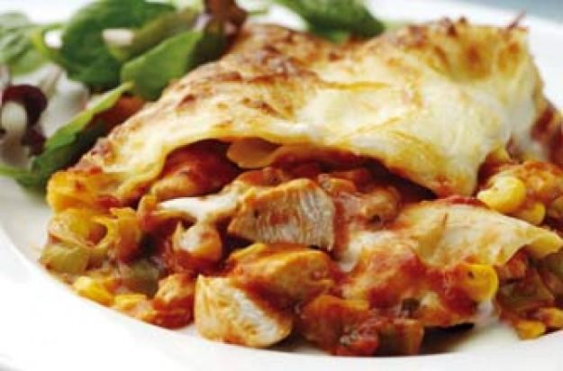 Chicken, leek and sweetcorn lasagne