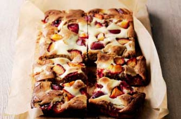 Plum traybake with cheesecake ripple