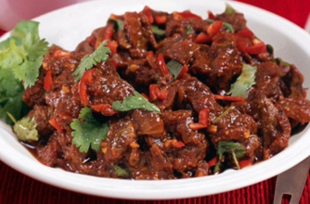 Slimming world 39 s lamb rogan josh recipe goodtoknow Simple slimming world meals