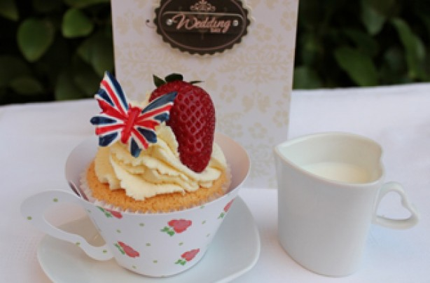 Victoria Threader's Royal Wedding cupcakes recipe