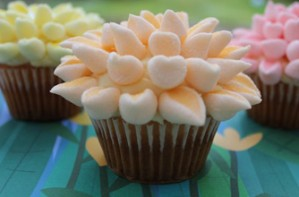 Victoria Threader's Mother's Day cupcakes