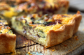 Blue cheese and red onion quiche