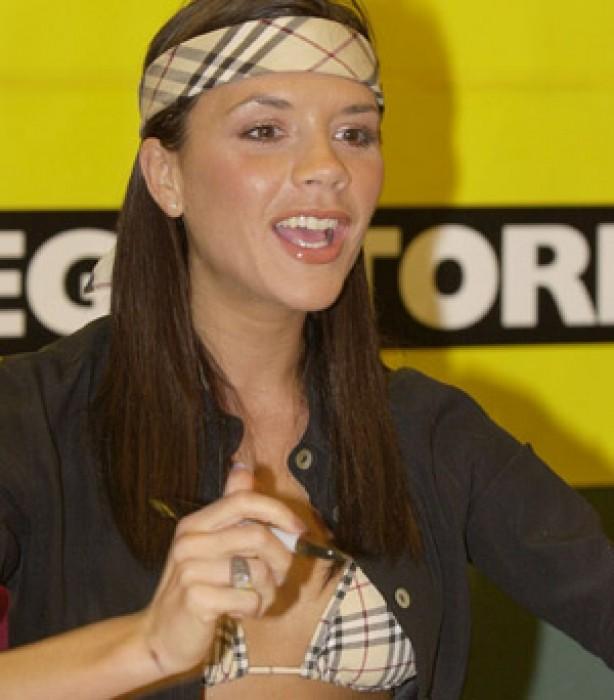 Victoria Beckham: 2000