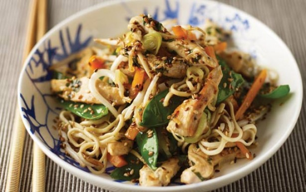Lemon chicken stir-fry with noodles
