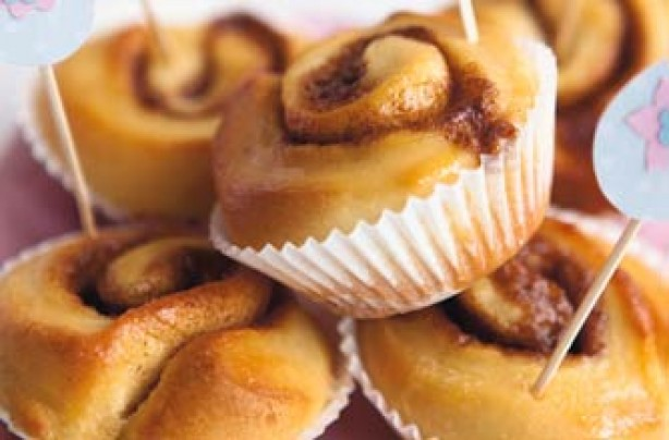 Woman's Weekly Simple cinnamon whirls