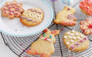 Kirstie Allsopp's Easter biscuits