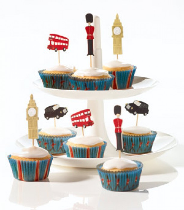 Royal Wedding cupcake baking set
