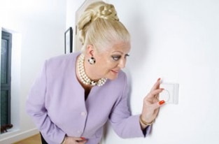 Kim woodburn turns down the heating