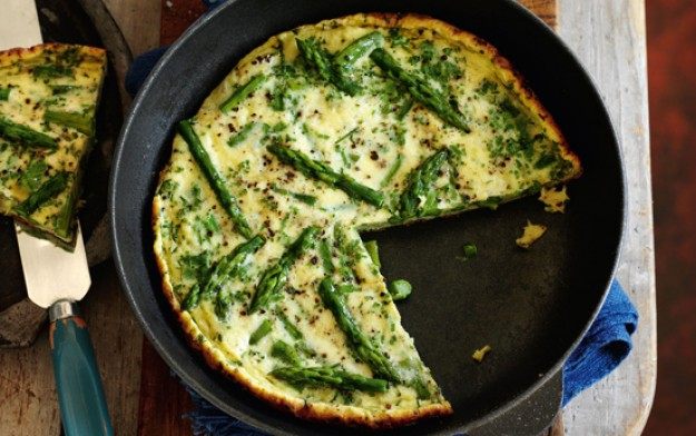 Slimming World's asparagus frittata and wedges