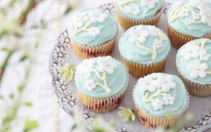 cupcakes, cake,