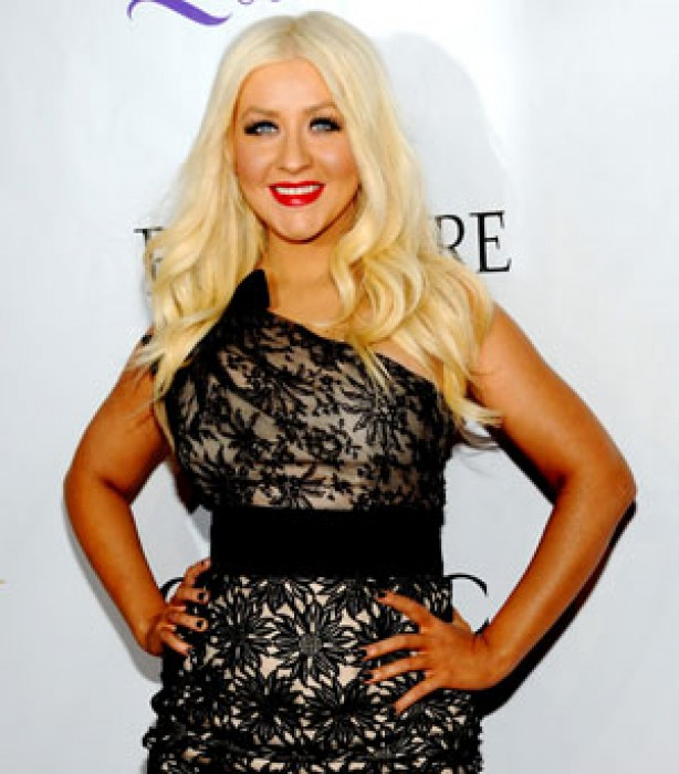 Celeb fake tan disasters: Christina Aguilera