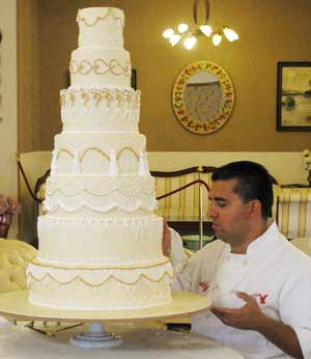 cake boss top cakes from series 3 wedding cake goodtoknow. Black Bedroom Furniture Sets. Home Design Ideas