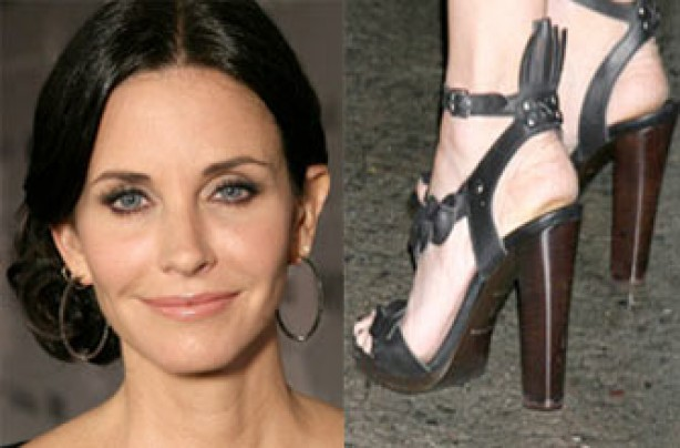Courteney Cox's feet