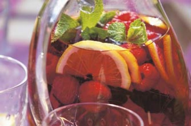 A refreshing drink for the whole family on a hot summer's day. This recipe makes 1 litre.