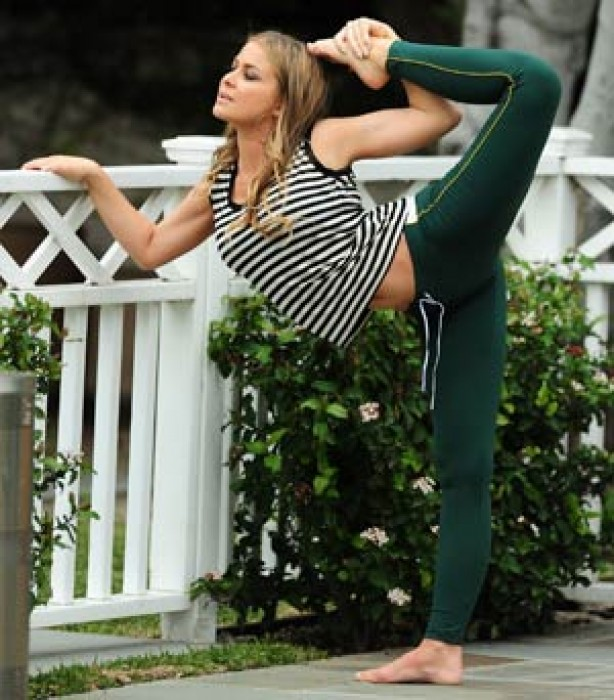 Celebrities keeping fit: Carmen Electra
