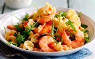 Slimming World's pasta with prawns, chilli and tomatoes