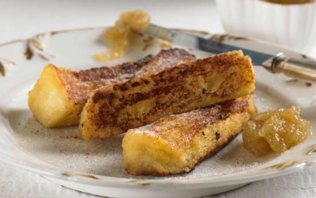 Apple butter and cinnamon custard toasts