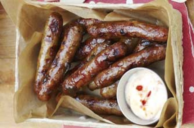 Sausages and sweet chilli dip