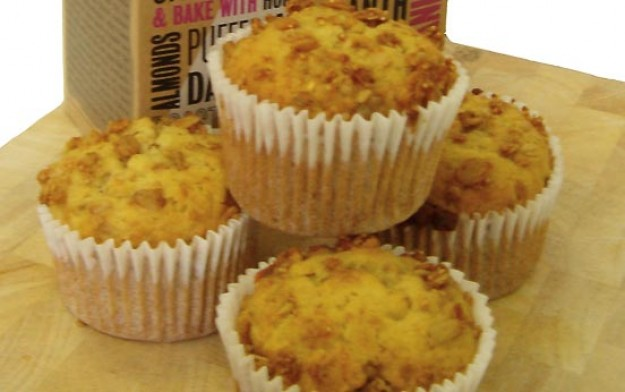 Granola and banana muffins
