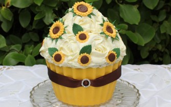 Lemon giant cupcake