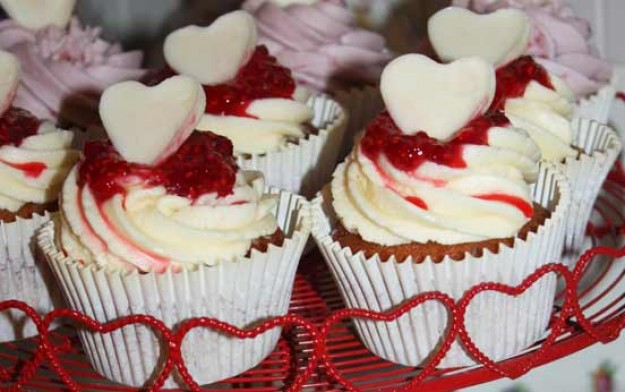 Kerry's berry and white chocolate cupcakes