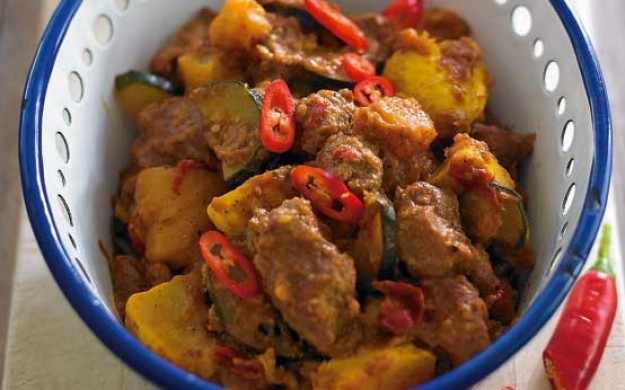 Pork and pumpkin red curry recipe