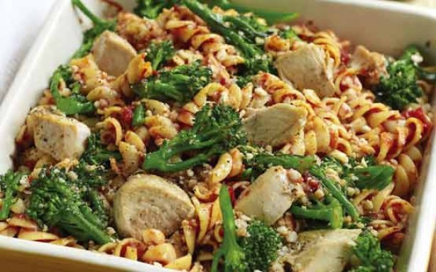 Turkey, broccoli and pasta gratin