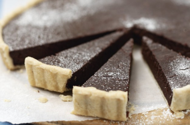 Fragrant chocolate tart