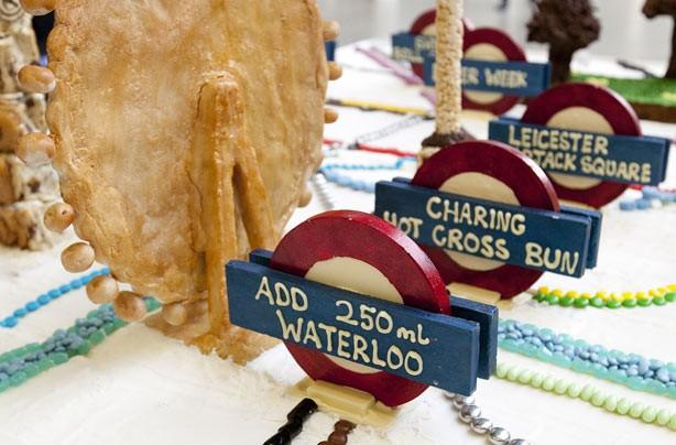 Tube map cake stops