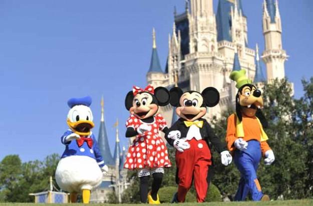 Cinderella's Castle, Magic Kingdon, Walt Disney World Orlando Florida