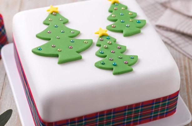 40 Christmas cake ideas - Three trees Christmas cake ...