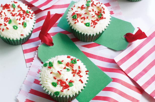 Fruity Christmas cupcakes