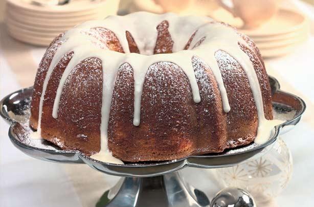 Spiced eggnog pound cake
