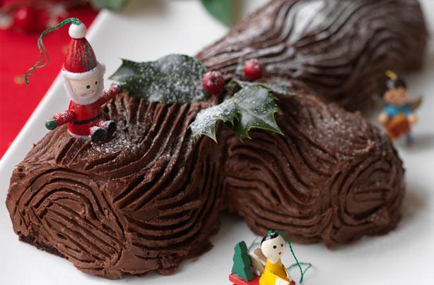 Yule Cake Decoration