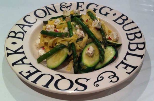 Courgette, asparagus and feta pasta
