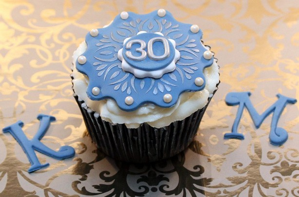 Kate Middleton 30th birthday cupcakes