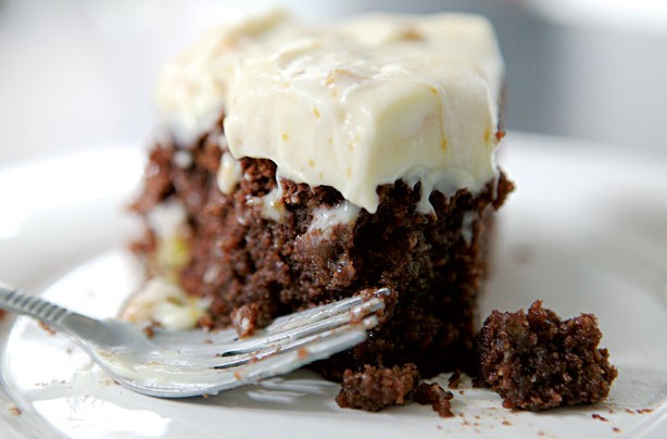 Gluten-free cakes and bakes