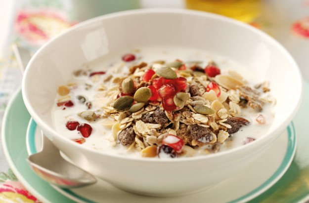 Mixed spice muesli