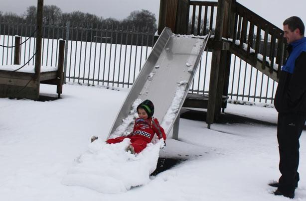Your snow pictures: Slidey snow