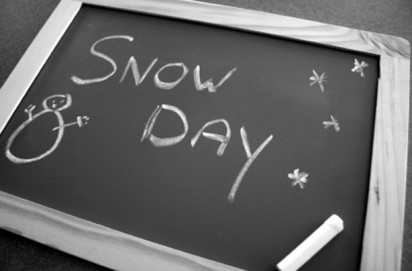 Which schools are closed due to the snow?