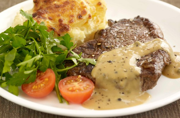 Brandy and peppercorn sauce