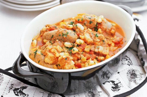Slow-cooked sausage and bean casserole