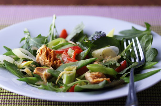Weight Watchers Salmon, Leek and Red Pepper Salad